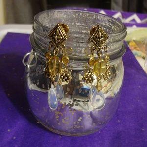 Jewelry - Vintage Gold Diamond Shaped Opalescent Earrings